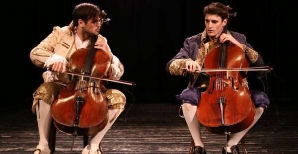 Classic Covers: 2Cellos – The Show Must Go On