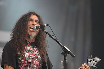 English: Tom Araya of Slayer on stage at Sonis...