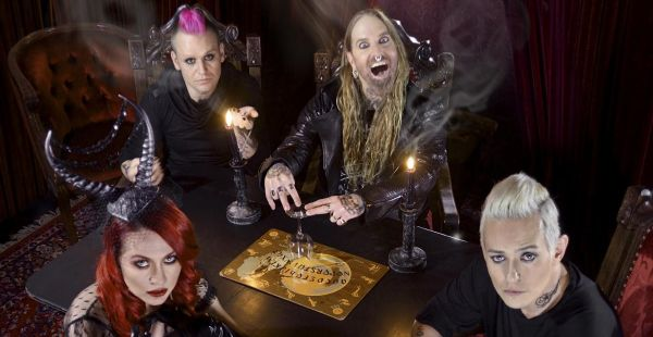 Coal Chamber UK dates (with American Head Charge and Dope)