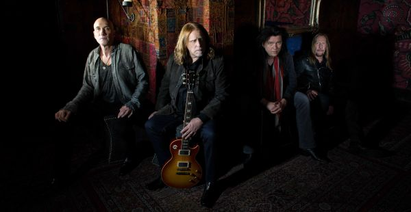 Gov't Mule do The Stones