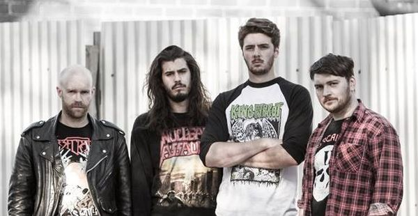 Harlott sign to Metal Blade