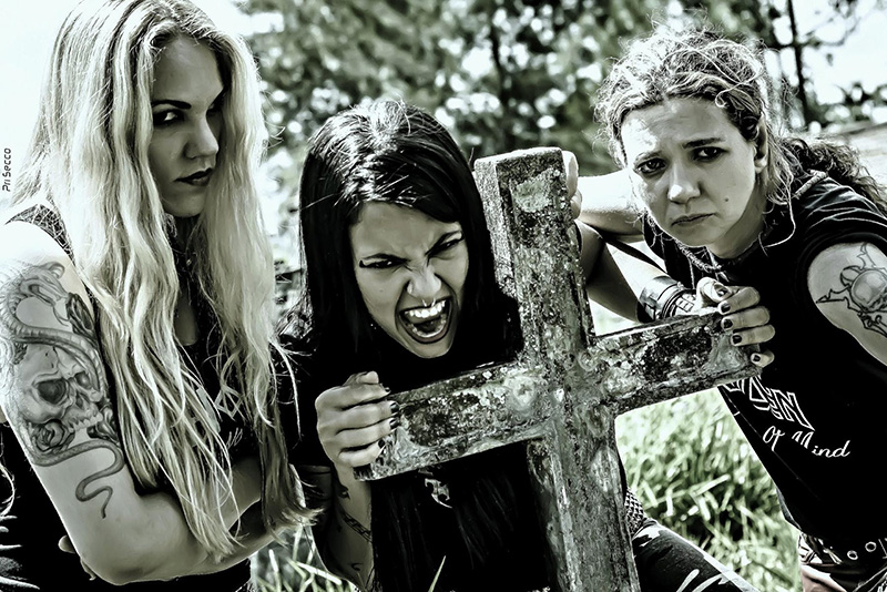 "Nervosa release brand new video ""Into Moshpit"""