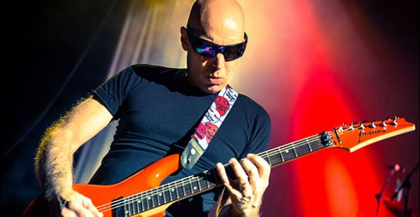 Review: Joe Satriani – What Happens Next