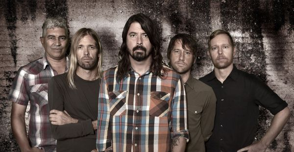 Review: Foo Fighters – Concrete and Gold