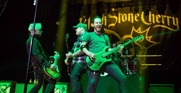 Carnival of Madness (Black Stone Cherry, Shinedown, Halestorm, Highly Suspect)– Glasgow Hydro, 1st February 2016