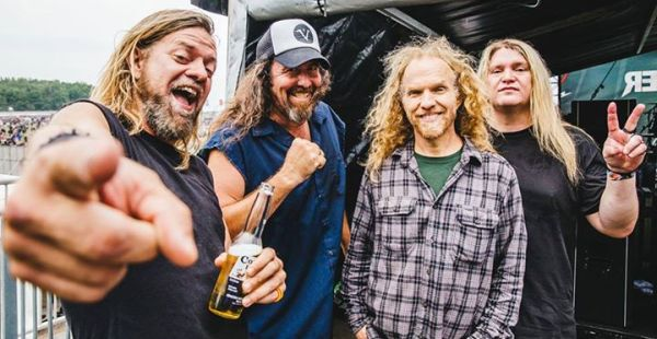 Corrosion of Conformity – Reed Mullin suffers seizure before show