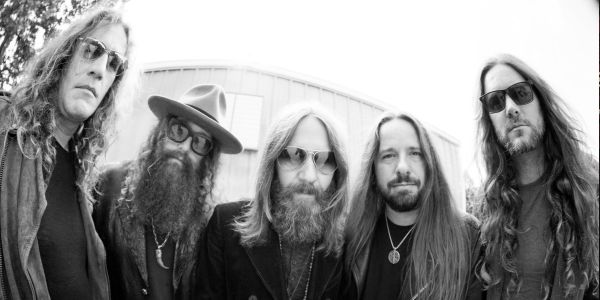 "Blackberry Smoke announce new album ""Like An Arrow"""