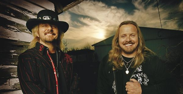 Review: Van Zant – Red, White and Blue: Live