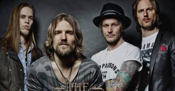 Review: The New Roses – One More For the Road