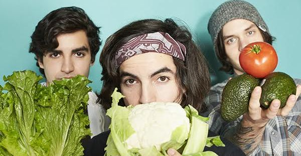Review: CHON – Homey