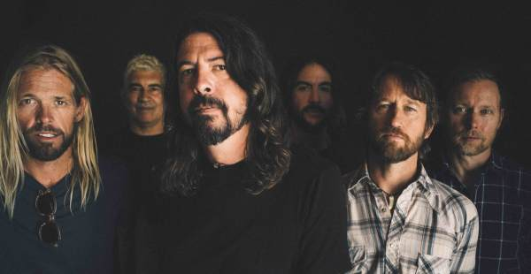 """Dave Grohl launches """"Dave's True Stories"""" insta-series"""