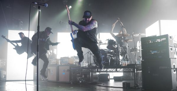Gig Review: Good Charlotte / Against The Current / Milk Teeth – Barrowlands, Glasgow (30th November 2017)