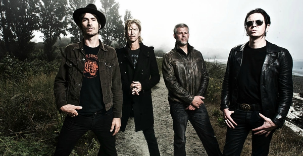 Review: Walking Papers – WP2