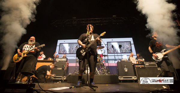 Gig Review: Bowling For Soup / The Aquabats / Army of Freshmen ...