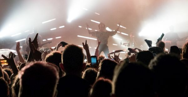 Gig Review: Don Broco / Yonaka / Press to MECO – O2 Academy Leeds (17th Feb 2018)
