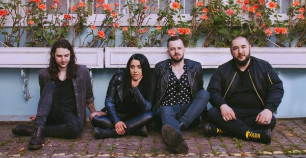 Album Review: Eva Plays Dead – The Fix