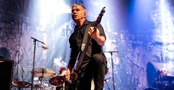Gig Review: The Stranglers / Dr Feelgood – The Ulster Hall, Belfast (28th February 2019)