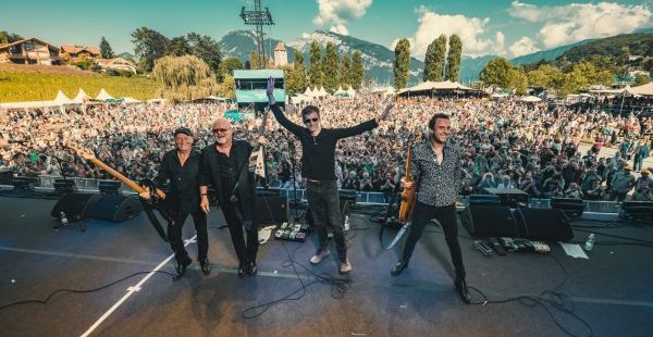 Album Review: Wishbone Ash – Coat Of Arms