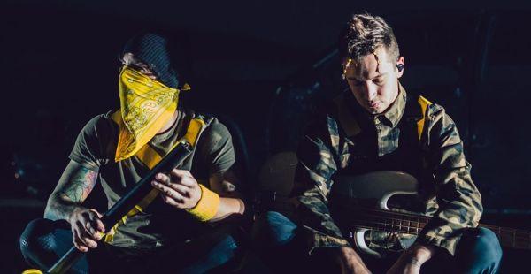Twenty One Pilots release new song online