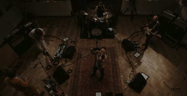 Livestream Review: IDLES – Abbey Road Lock-in Sessions
