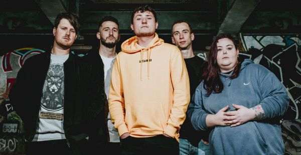 """Alt-rock quintet Standing Like Statues release video for """"Confidence"""""""