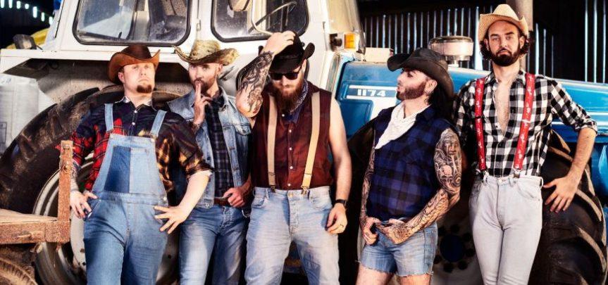 Advent 2020 Day 23: Bootyard Bandits – Christmas No. 1