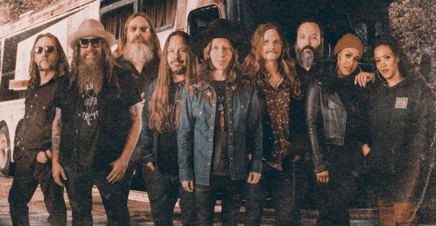 Blackberry Smoke announce new album and release first song from it