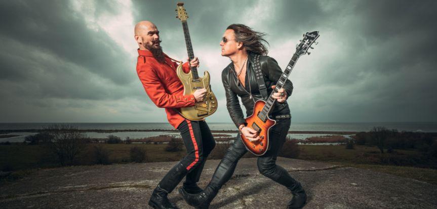 "Video Premiere: Electric Guitars – ""Dopamine"""